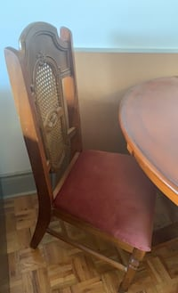 Solid wood table with 2 chairs Asking $150 or best offer Toronto, M6P 4G3