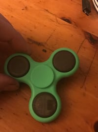 Fidget Spinner- Green Light Up