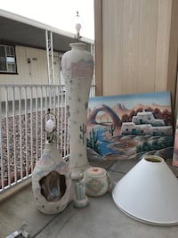 Lamps and oil paintings all Oh from Arizona Henderson, 89002
