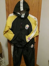 set of yellow-and-black Pittsburgh Steelers jacket Coleharbor, 58531