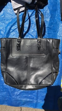 Women's designer hand bag/tote.  black leather coach bag Sacramento, 95076
