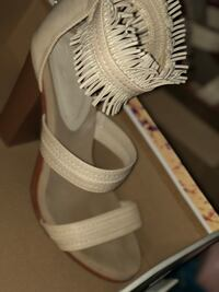 Practically new shoes gently worn . I have them in black and off beige  Marietta, 30068