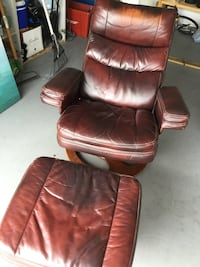 Very comfortable chair. Good condition; just a little worn. Would put in my own home if I had the room. Venice, 34293