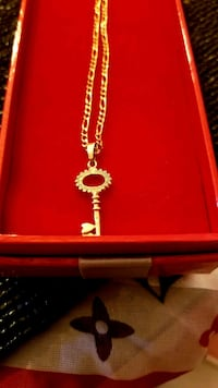 """10k gold Figaro chain """"18"""" with pendant  Killeen, 76549"""