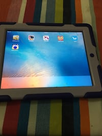 iPad for sale  Vancouver, V5W 2G9
