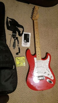 red and white stratocaster electric guitar Randallstown, 21133