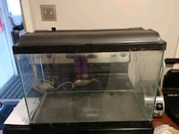 22 gallon fish tank and lid,good condition Cambridge, N1S 2Y2