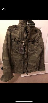 Brand New Abercrombie Jacket ( selling due to move) Schaumburg, 60173
