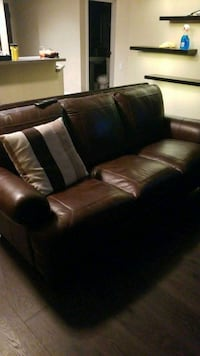 Leather couch San Diego, 92101