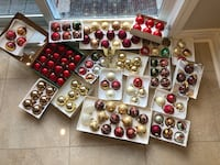100 Christmas ornaments Laval, H7X 3K6