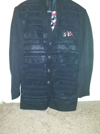 Men's Black Blazer w/Tie & Matching Handkerchief