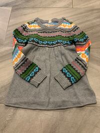 Girls sweater size 8 London, N6M 0E5