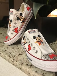 pair of white-and-red floral sneakers Harker Heights, 76548