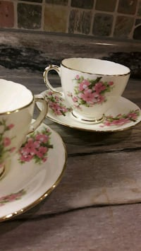 Set of 2 tea cups with saucers London, N6K 2G7