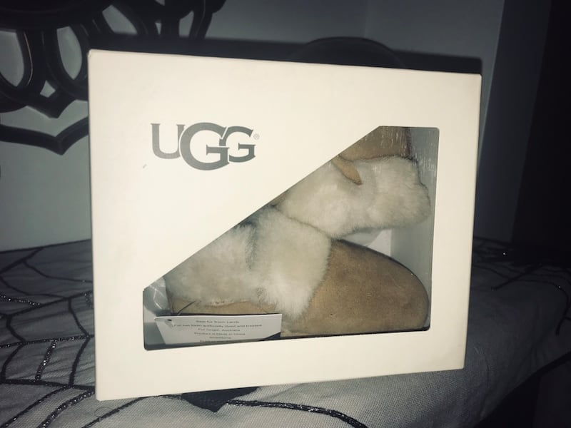 Uggs for infant  3163a3f1-f957-4398-b969-4e8653f28a9f