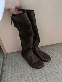Brown leather boots Chestermere, T1X 1K2