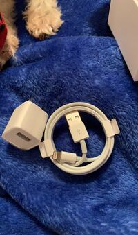 iPhone charger Portsmouth, 23704