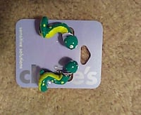 Claire's snake earrings  Tavares, 32778