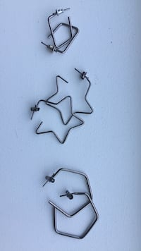 Earrings, very light, everyday wear, awesome for summer Burnaby, V3N 0A2