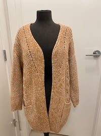 Orange cable knit cardigan S Richmond, V6X 2A2