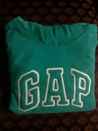 Women's size L teal GAP sweatshirt Fairfax, 22030