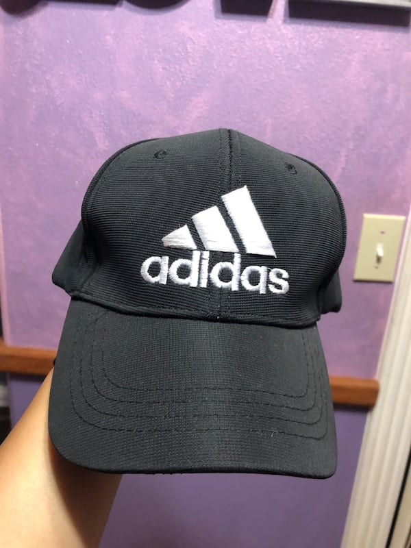 Adidas fitted cap 1
