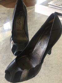 Size 6 miss sixty peep toe pumps. Leather soles