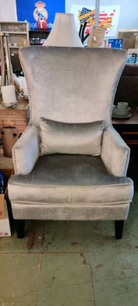 New Extra Tall Silver Chair La Vergne, 37086