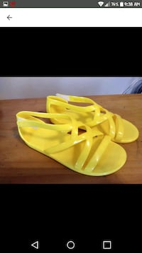Yellow Sandals Size 11 Erie, 16504