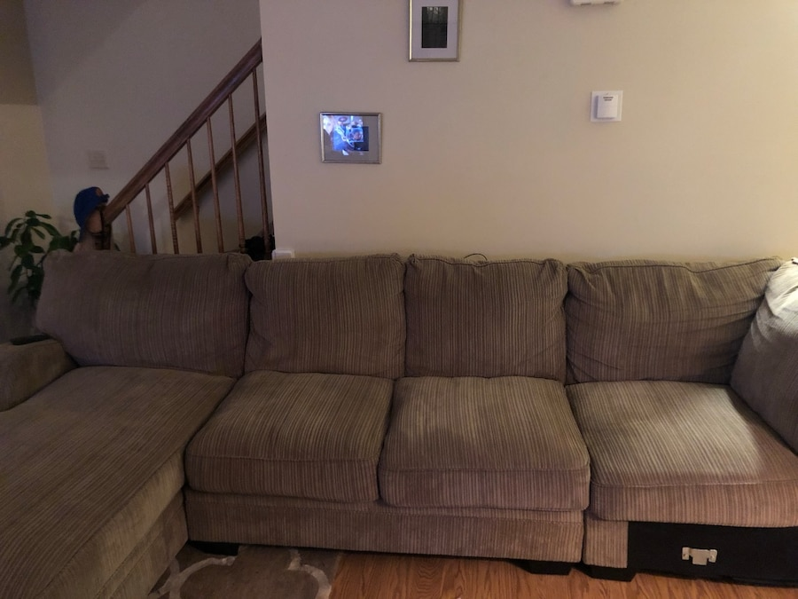used sectional sofa with chaise for sale in merrimack letgo rh us letgo com