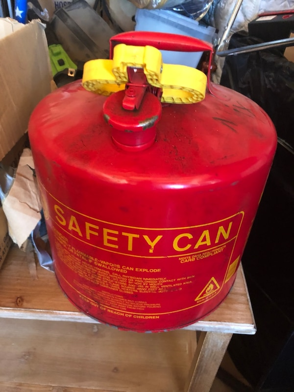 Safety Gas Can >> Safety Gas Can