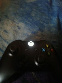 black Xbox One game controller Temple City, 91780