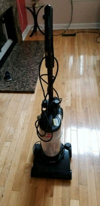 black and red upright vacuum cleaner Buffalo Grove, 60089