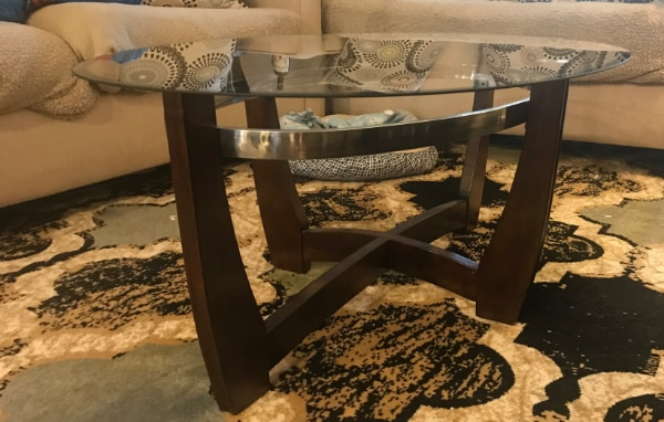 Like New Coffee Table (Delivery available within 10 miles)