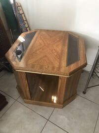 TV stand/ side table  Oakland Park, 33311
