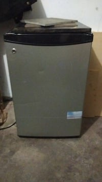 Mini fridge Edmonton, T5Z 2J3