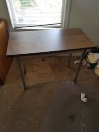 Table Chesapeake, 23320