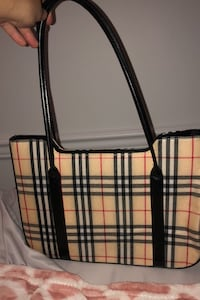 Luxury handbag NEGOTIABLE  New Westminster