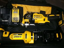 DEWALT 20 MAX TWO PIECE TOOL SET !and Battery! and Charger! and  Bag!