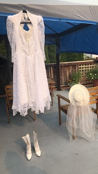 Country western wedding dress, shoes & hat