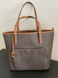 Michael Kors tote bag GREAT CONDITION LIKE NEW