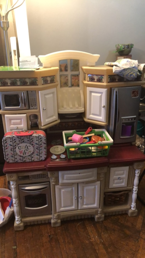 Used Kids Kitchen Set With Food And Utensils By Step 2 Plates Free Books For In New York Letgo