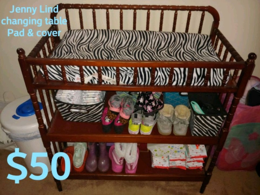 Photo Jenny Lind Changing table, pad/cover