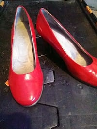 Red heels size size 7 Las Cruces, 88012