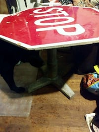 Stop sign table Amarillo, 79102