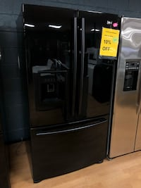 LG black French door refrigerator  Woodbridge, 22191