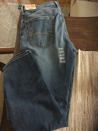 Hollister jeans brand new Stafford, 22554