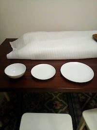 Dinnerware sets for sale