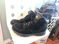 Nike boots Vaughan, L4H 0B6