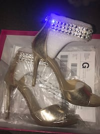 Gold with Diamonds Heels Suitland, 20746